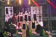 Występ tancerek na Dniach Chojnic
